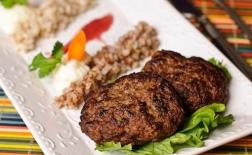 طرز تهیه کتلت گوشت کوبیده