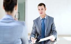 چگونه مشکلات با همکارمان را به رئیس منتقل کنیم