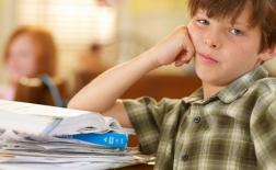نشانه های بیماری ADHD کم توجهی، بیش فعالی