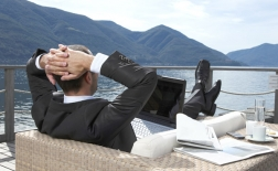 فواید استراحت و وقفه های منظم در زمان کار