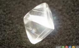 الماس: محبوبترین سنگ جواهر و سختترین ماده شناختهشده در دنیا