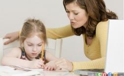 چگونه به کودکمان کمک کنیم تا بر مشکلات درسی خود غلبه کند