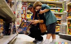 7 نکته که در زمان خرید اسباببازی برای کودک باید به آن توجه کنید