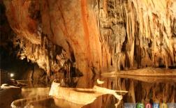 10 غار شگفتانگیز در جهان