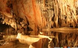 10 غار زیبا در جهان