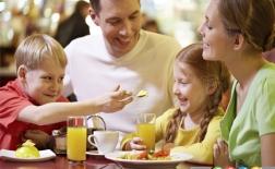 حتی در رستوران غذایی سالم مصرف کنید