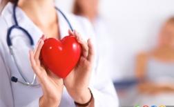 7 علامت حمله قلبی که زنان نباید به آن بی توجه باشند