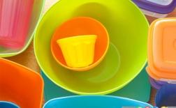 8 قانون برای آنکه ظروف پلاستیکی خود را خراب نکنید