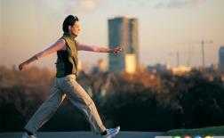 اشتباهات شما در زمان پیاده روی که باید از آن اجتناب کنید