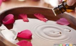 کاربردهایی از گلاب در زیبایی