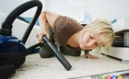 روش صحیح جارو زدن فرش