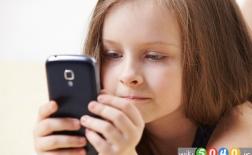 راه هایی برای دور نگه داشتن موبایل از کودکان