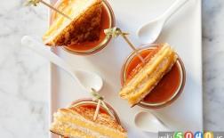 سوپ گوجه فرنگی با پنیر گریل شده