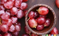 بهترین فواید انگور قرمز