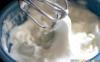 بهترین روش برای زدن سفیدهی تخممرغ