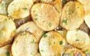 چیپس سیبزمینی خانگی با پنیر پارمسان