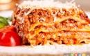 لازانیا با مرغ و پنیر پارمسان