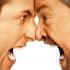 چگونه با خویشاوندانی که مارا خشمگین می کنند کنار بیاییم