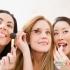 7 وسیلهی آرایشی و بهداشتی که  هرگز نباید بهصورت مشترک استفاده کنید