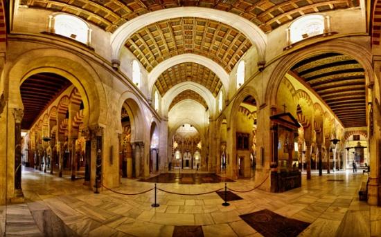 جاذبه های توریستی مسجد و کلیسای جامع مسکیتا، کوردوبا، اسپانیا