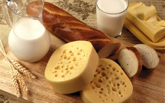 مقدار کالری نان و لبنیات