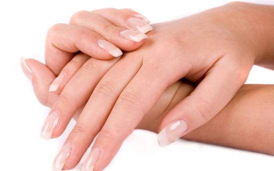 ناخن های شما چه چیزی را درباره سلامت شما نشان میدهند؟