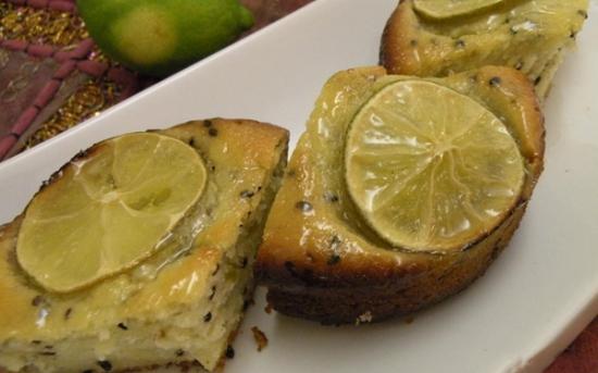 طرز تهیه کیک لیمو با تخم خرفه