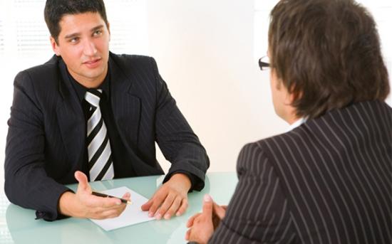 چگونه درباره ی مزایای شغل جدید بپرسیم