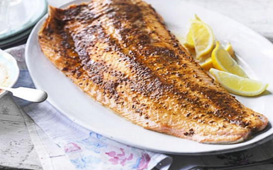 ماهی آزاد کبابی