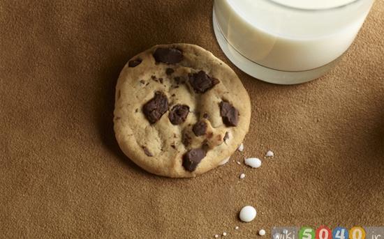 روش پاک کردن لکههای شیر
