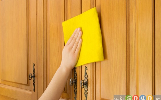 روش تمیز کردن چربی از روی درب کابینت