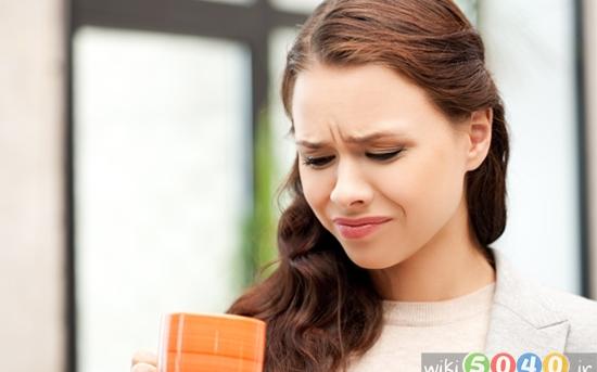 علت ایجاد طعم فلزی در دهان چیست؟
