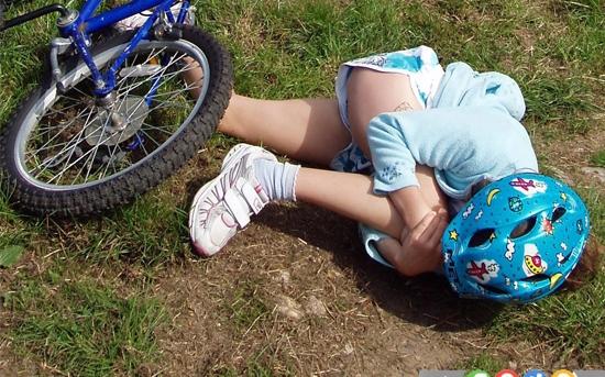 اقدامات لازم در آسیب های جدی ناشی از زمین خوردن کودکان