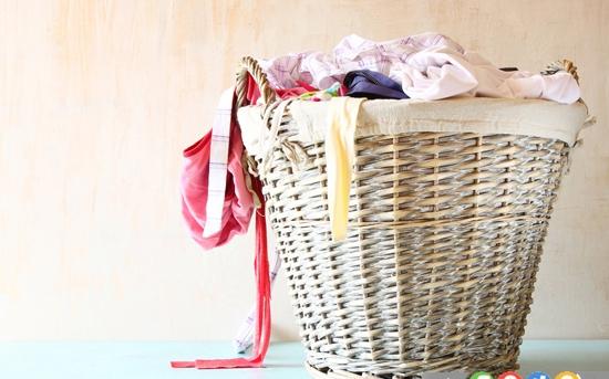 10 روش برای رفع چروک لباس در نبود اتو
