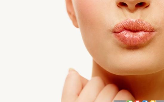درمان های خانگی برای تورم لب ها