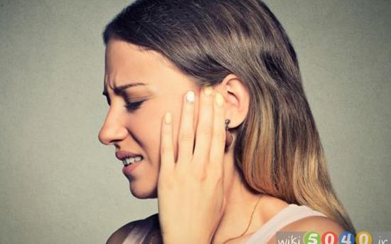 درمان های خانگی برای گوش درد
