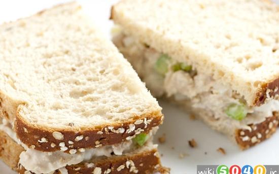 ساندویچ سالاد تن ماهی